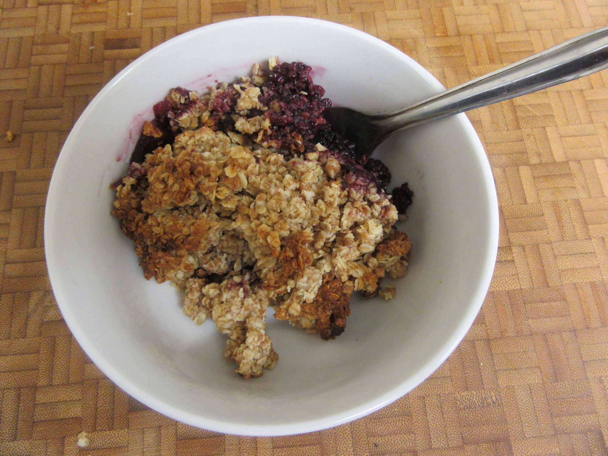 Apple and blackberry crumble